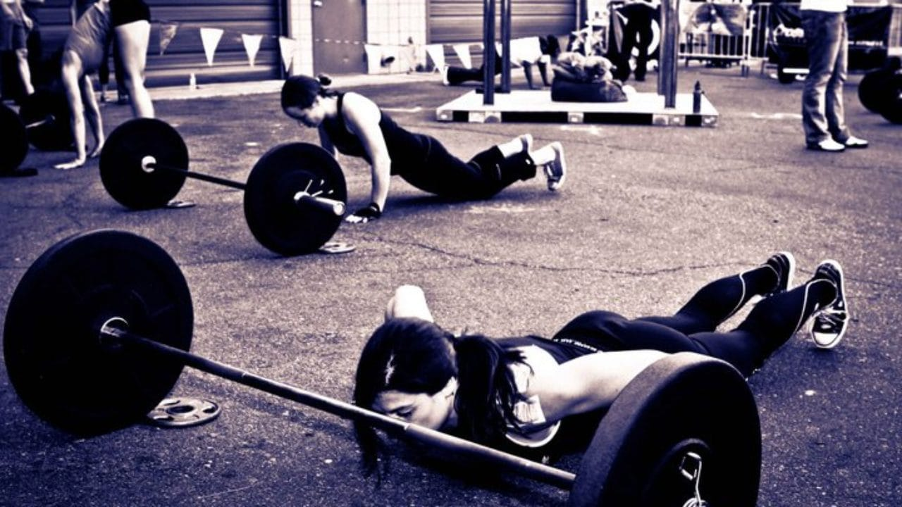 crossfit-bar-facing-burpees